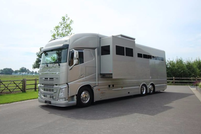 roelofsen horse trucks france camions pl chevaux. Black Bedroom Furniture Sets. Home Design Ideas